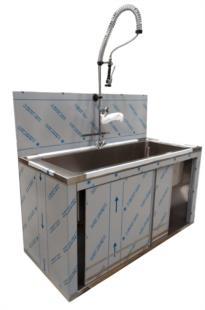 esecuzione-speciale-cliente-rubinetto-doccia-porte-scorrevoli