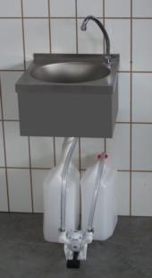 Lavamani-acciaio-inox-modello-muro-autoalimentato-803basic